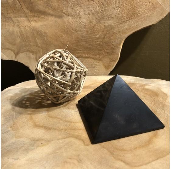 Pyramide Shungite 6 cm
