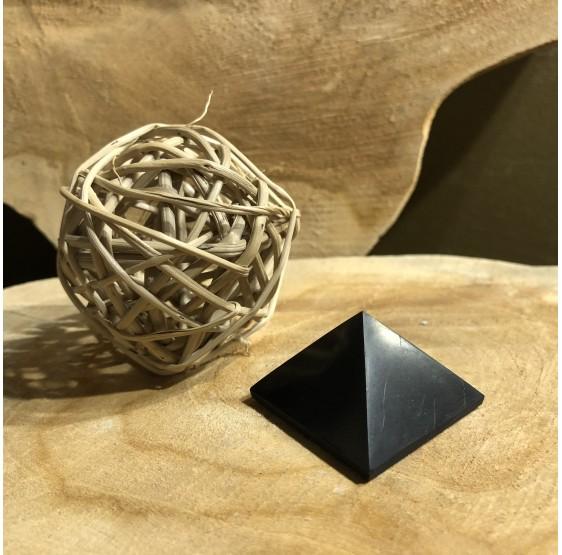 Pyramide Shungite 4 cm