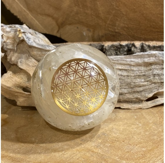 Sphère d'Orgonite selenite avec fleur de vie - 5 cm