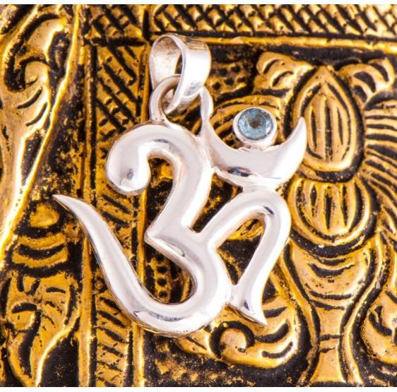 Pendentif OHM AUM OM - argent 925 - avec topaze bleue